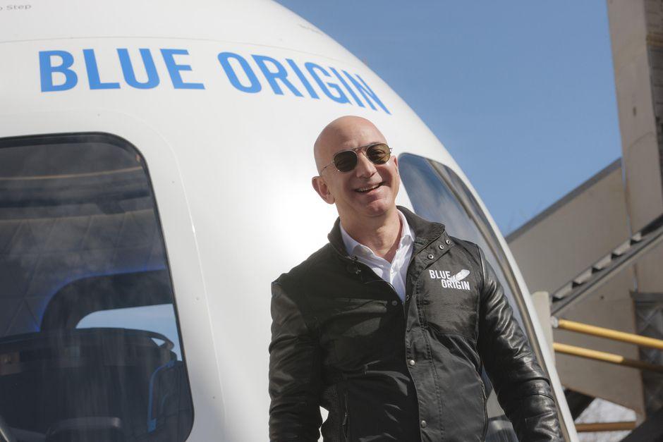 Jeff Bezos will be in space today aboard New Shepard Rocket ship