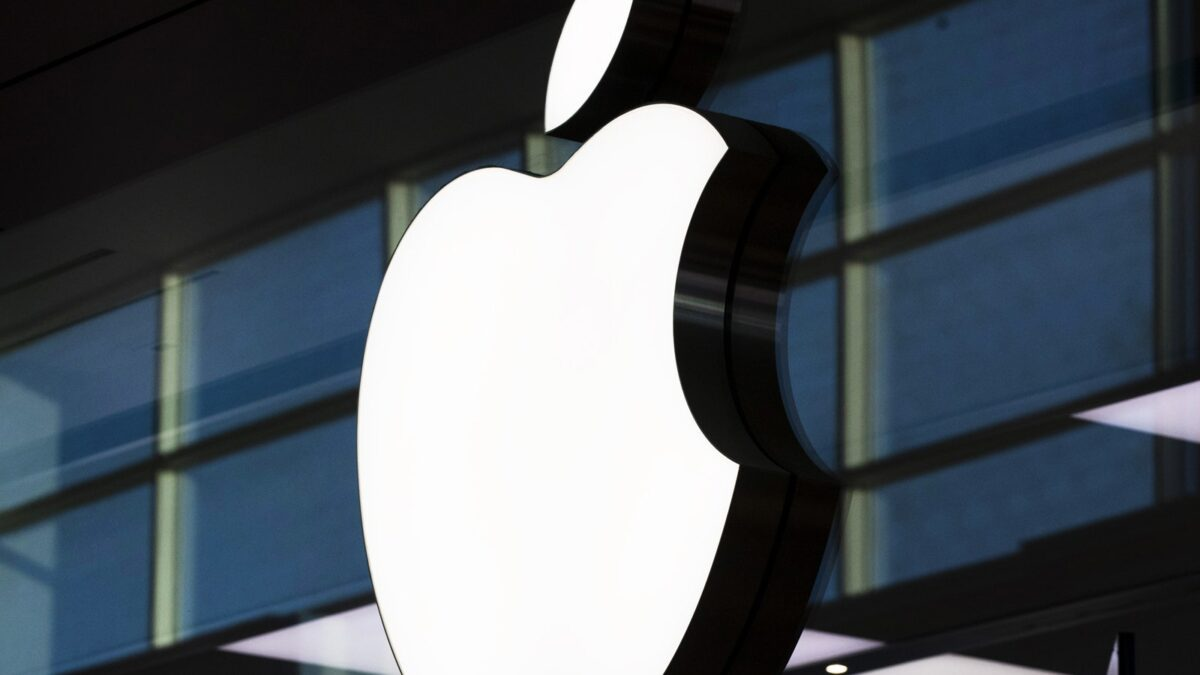 Apple's Upcoming iPhone has been Rumored to have a Longer Battery life.