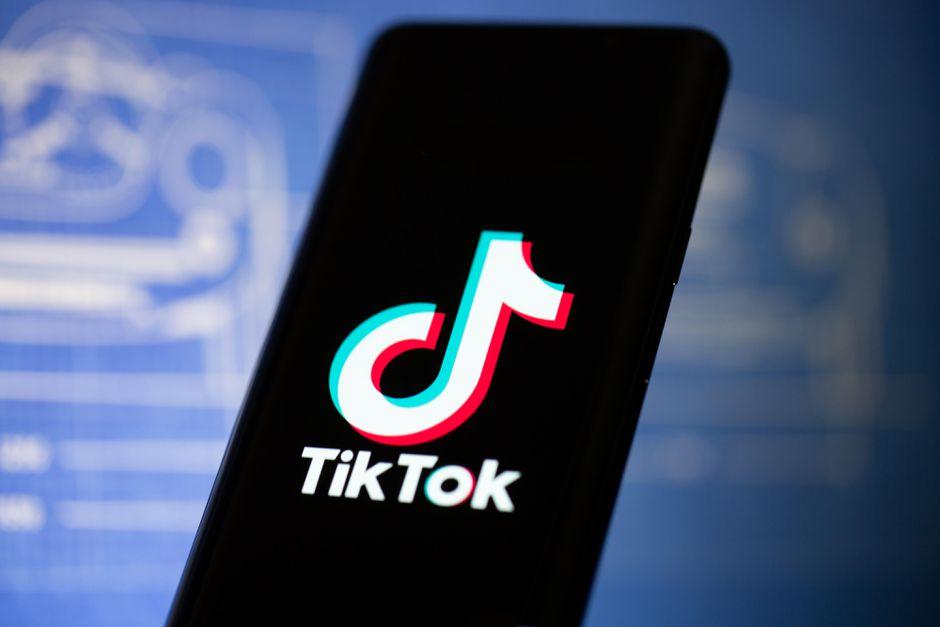 TikToksurpassedFacebook as the most downloaded app in 2020 according to Nikkei Asia.